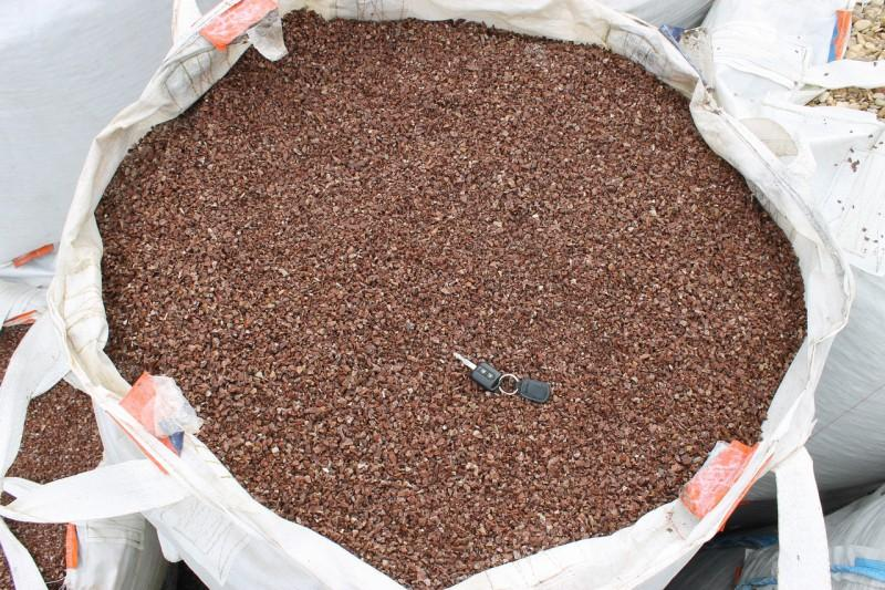 Щебень крошка розовый (мрамор) фр. 5-10 мм.