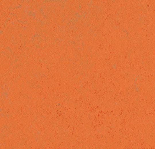 Линолеум Forbo Marmoleum Solid Concrete 3738/373835 orange glow